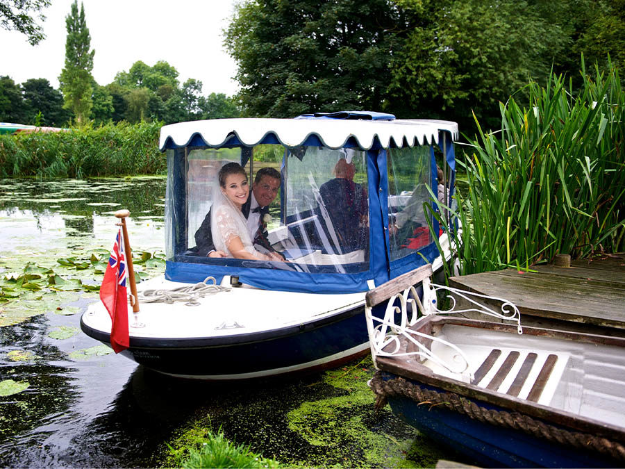 River Stour wedding photography arrive by boat Le Talbooth Great Customer Comments and reviews